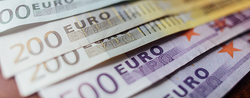 Euro Challenges Dollar's Hegemony In Mobile Payments