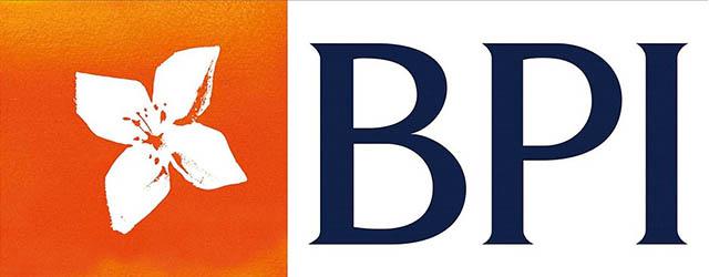 BID BATTLE FOR PORTUGUESE BANK HEATS UP   Global Finance