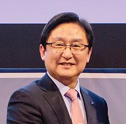 Jong Yoon Rha, Shinhan Bank